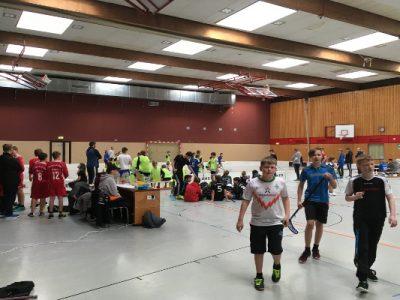 OBS 1 richtet Floorballturnier aus